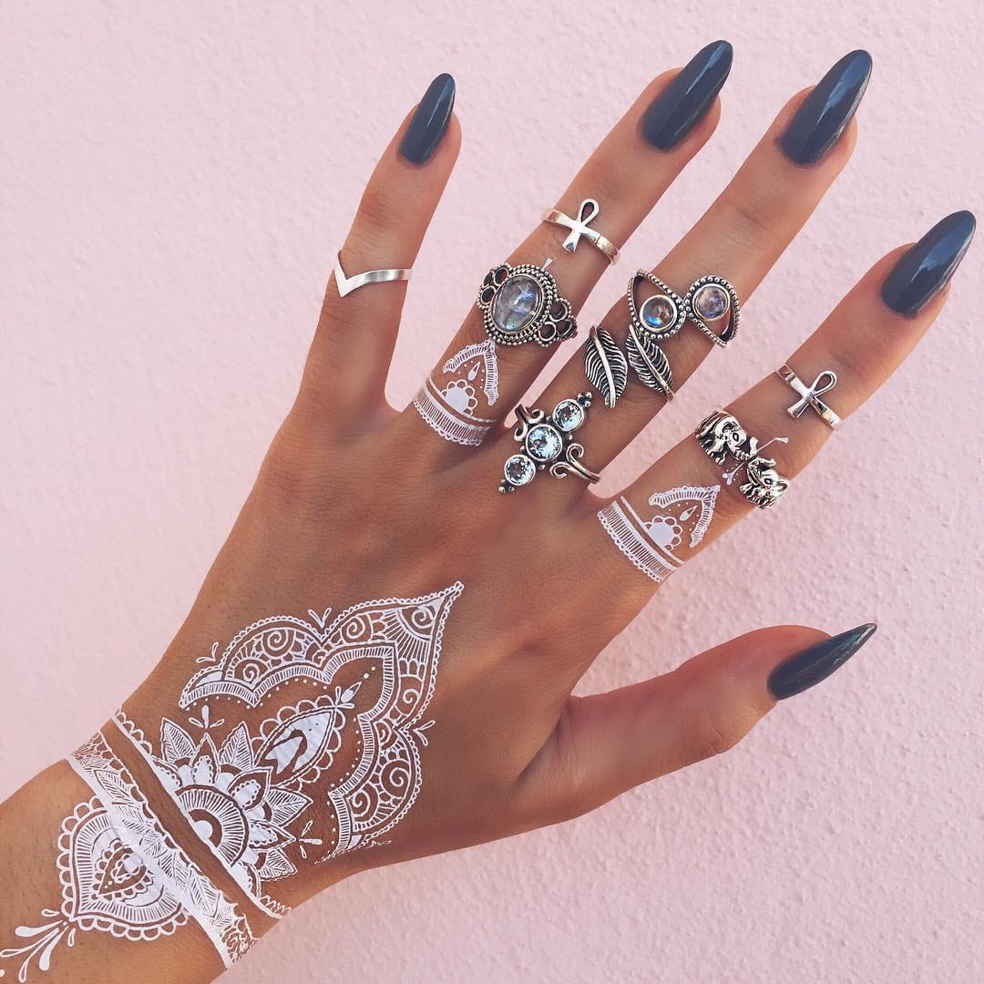 These White Henna-Inspired Temporary Tattoos Are Gorgeous!