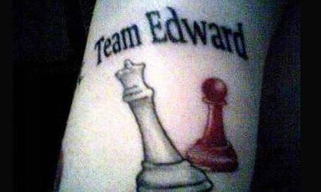 Who else is team Edward?