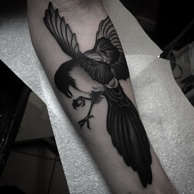Magpie Tattoo by Ro Thorpe