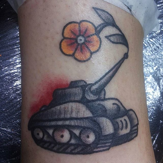Flower Tank Tattoo by Simona D'agostino