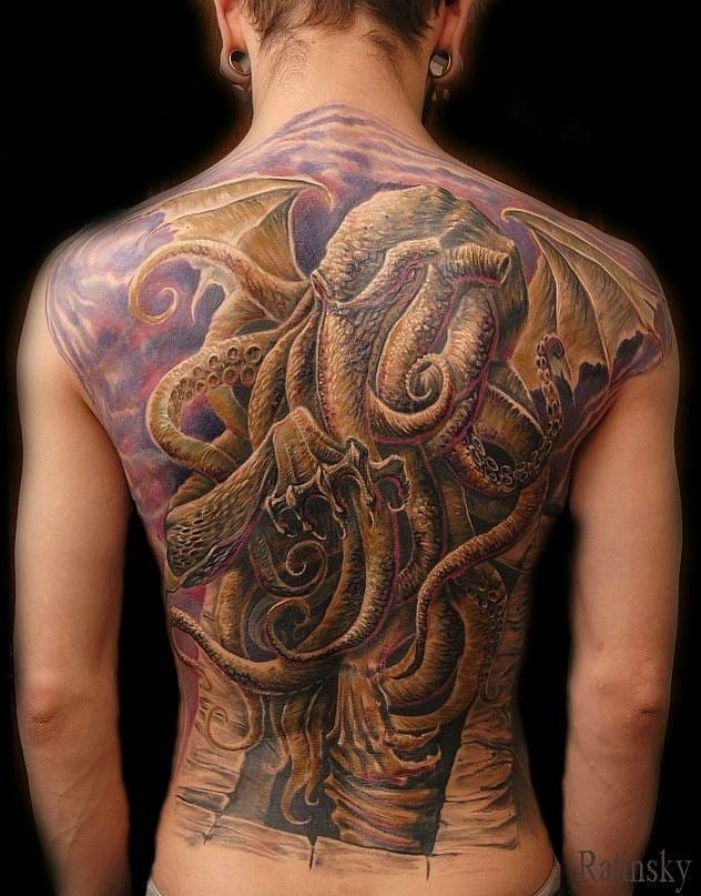 Jaw-dropping backpiece by Andrey Ratynsky!