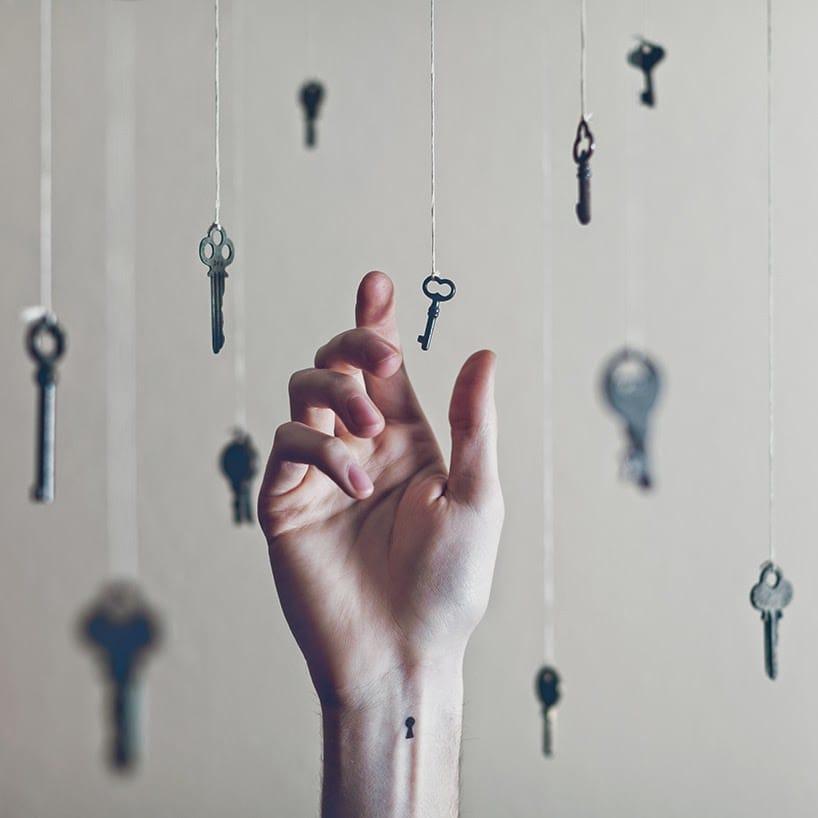 Courtesy of Tott Photo, minimalist keyhole wrist tattoo #wrist #wristtattoo #minimalist #keyhole
