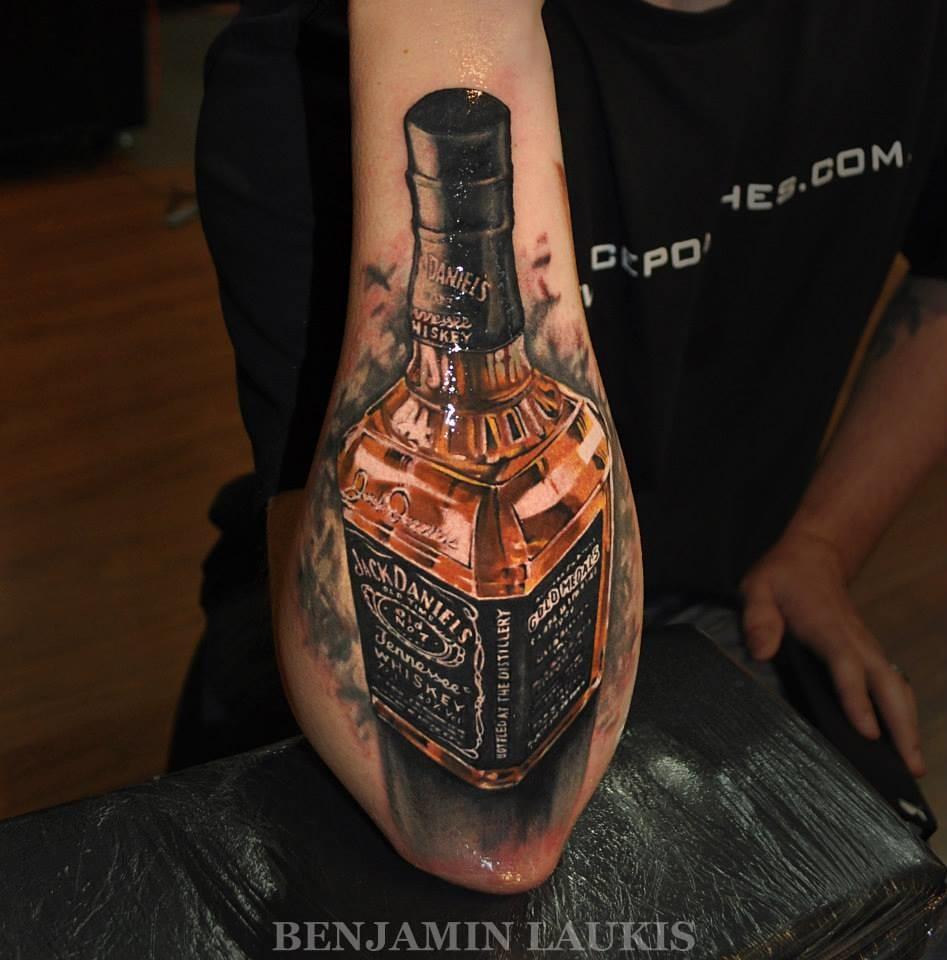 Pegue Uma Bebida E Veja 13 Tatuagens De Garrafas