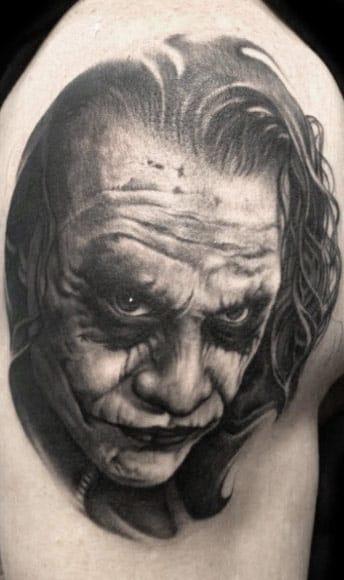 Bob Tyrell, o Deus da tatuagem from hell