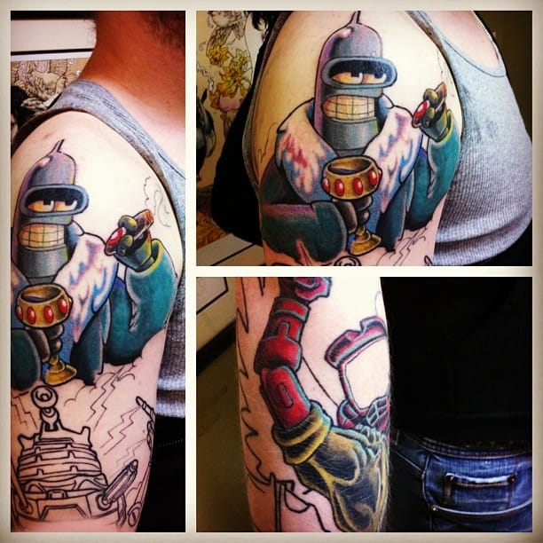 Really cool Bender Halfsleeve.
