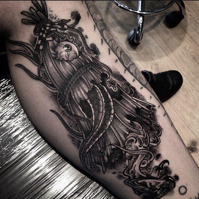Cool blackwork by Dan Blacksails...
