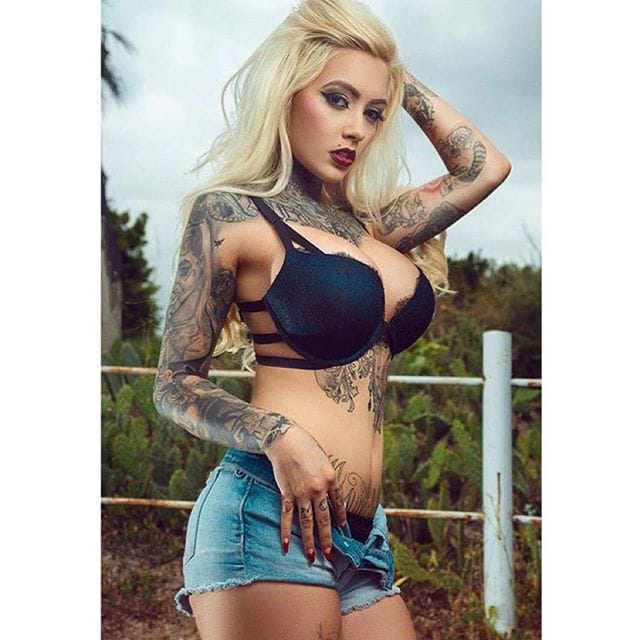 [Nsfw] 10 Yumlicious Tattooed Babes