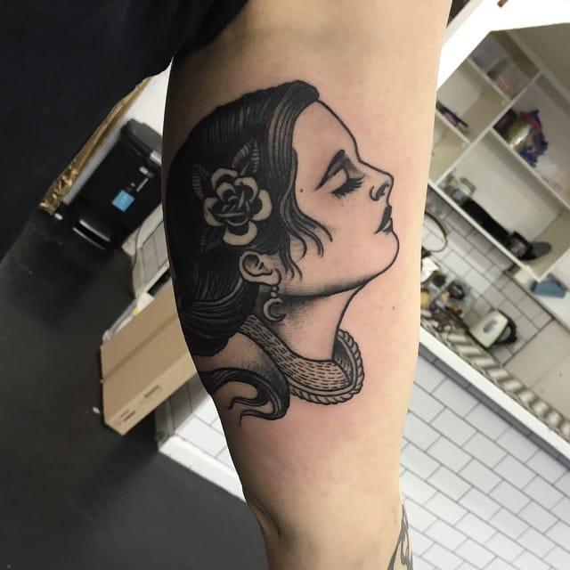 Blackwork Woman Tattoo by Scott Move