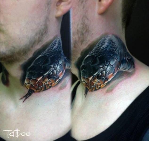 8 Beautiful Realistic Snake Tattoos