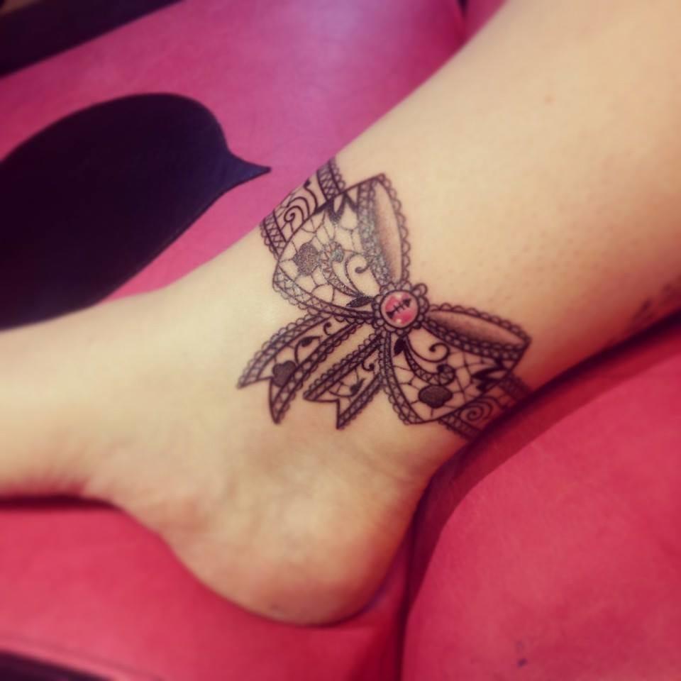 Татуировки бантов Фотографии тату бантиков Фото
