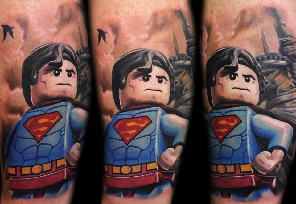 Max Pniewski e o LEGOLISM: 15 Tatuagens Inspiradas No Mundo De Lego