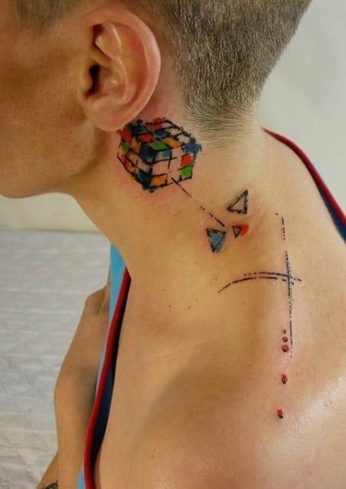Cool Rubik's cube piece by Aleksey Platunov.