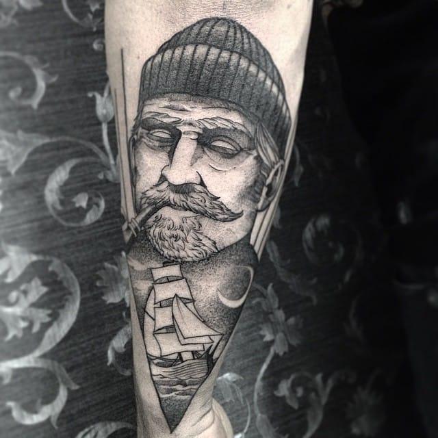 Mariner tattoo by Fredao Oliveira #blackwork #blckwrk #linework #shading #abstract #sketchstyle #marine #mariner #maritime #ship #portrait #FredaoOliveira