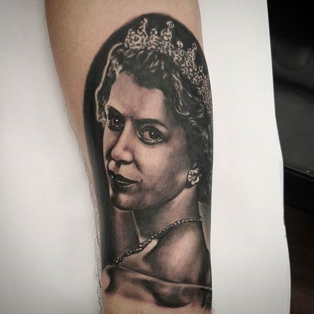 Elizabeth II by Joe Farrell.