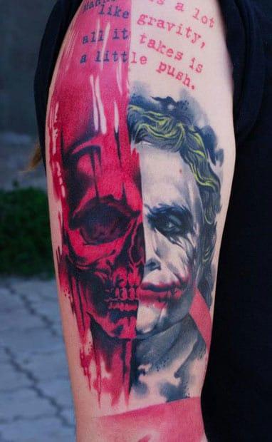 AD Pancho e uma tatuagem do Coringa, vilão quase tão mais querido do que o Batman