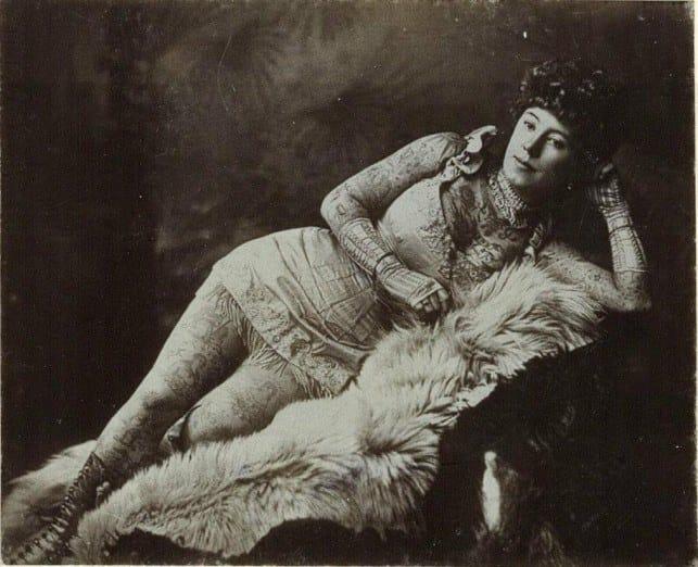 Irene era muito famosa não apenas por suas tatuagens, mas sua beleza e elegância