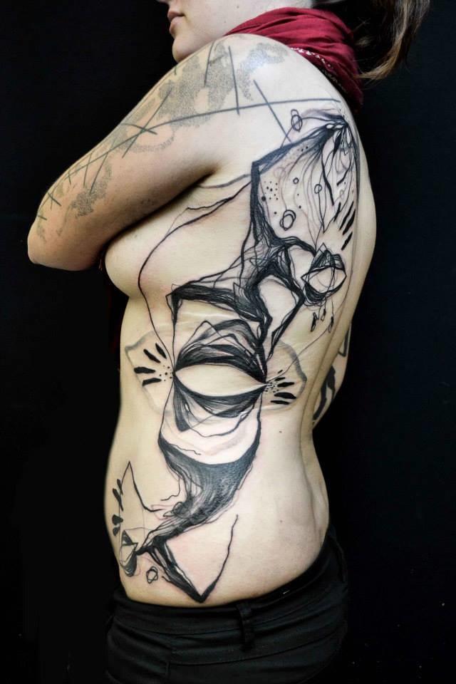 Incategorizável o trabalho incrível dessa artista!