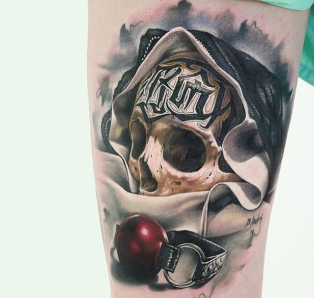 25 Sick And Spectacular Skull Tattoos
