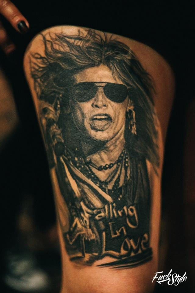 This Steve Tyler portrait is alive with movement. Photography courtesy of Mauricio Beltran Rodriguez