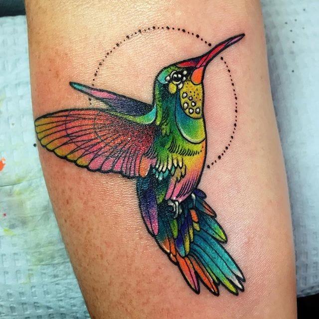 Cute hummingbird.