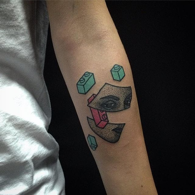 Ukrainian Hand Poke Tattoo Artist Plays With Pink And Turquoise