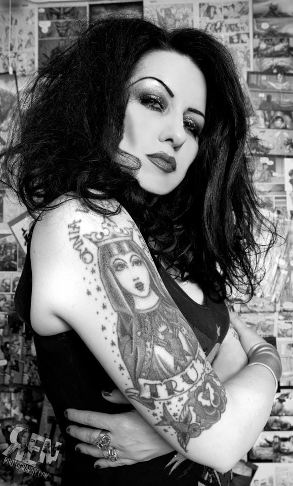Tairrie B Murphy check out her new rap album Vintage Curses