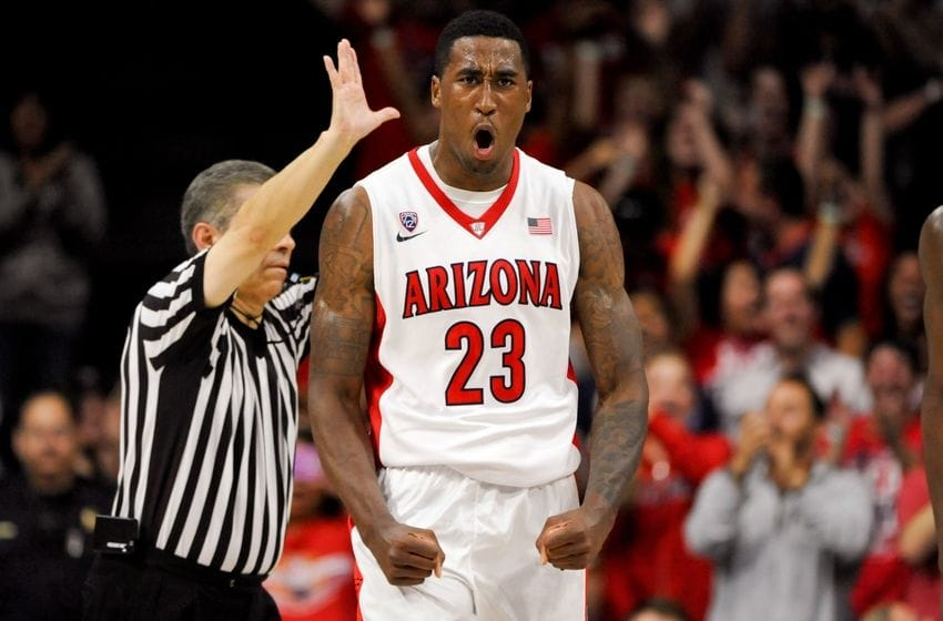 Rondae Hollis-Jefferson Showing Some Awesome Sleeve Work