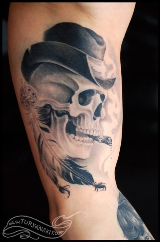 Smoking Skull Tattoo by Oleg Turyanskiy