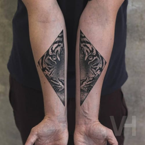 Blackwork Tiger Tattoo by Valentin Hirsch