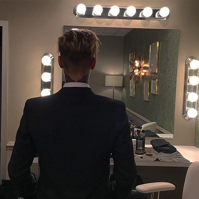 @justinbieber