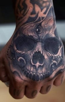 Powerfully ornate black and gray hand by Darwin Enriquez, mobile_tattoo.lastrites.tvEnriquez_Tattoo