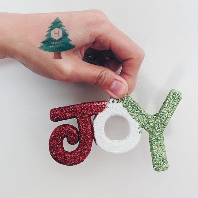 Have A Merry Xmas With These Festive Christmas Tattoos