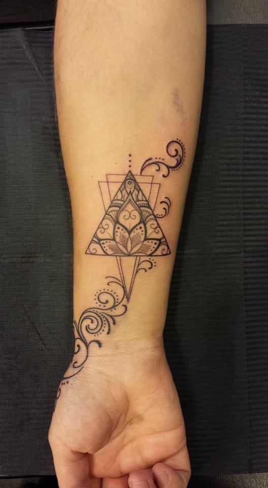 Tatuagem em Fine line