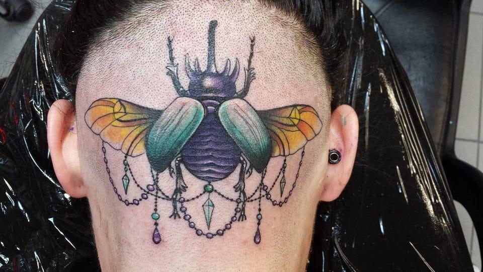 Detalhes lindos! Tatuagem na cabeça dizem que é uma dor deliciosa! Hahaha