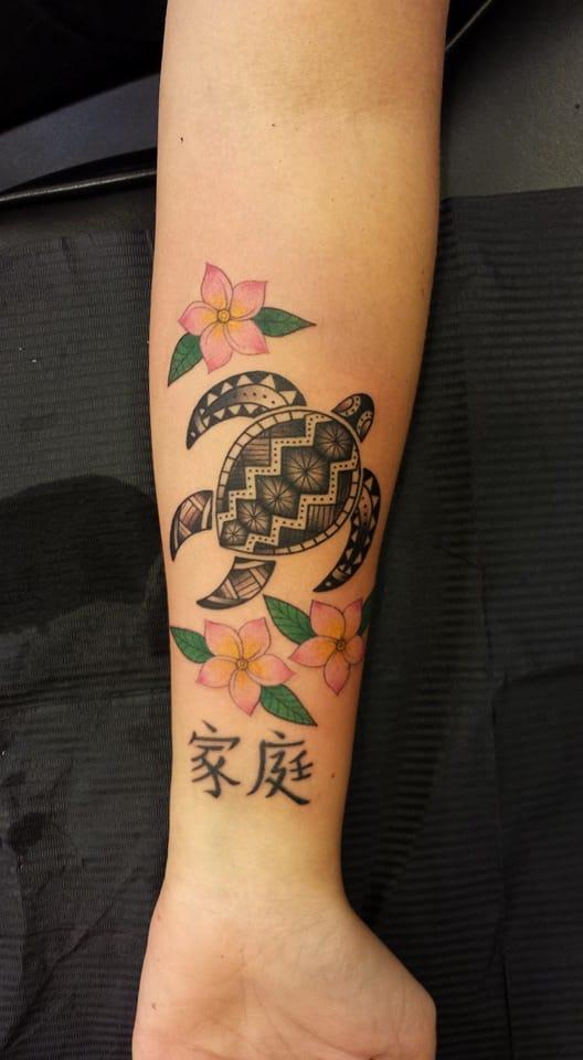 Tartaruguinha inspirada em Tribal Maori