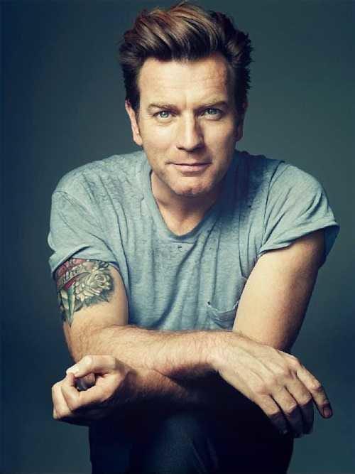 Irvine Welsh superfan tattoos Ewan McGregor Trainspotting ...  |Ewan Mcgregor Tattoo