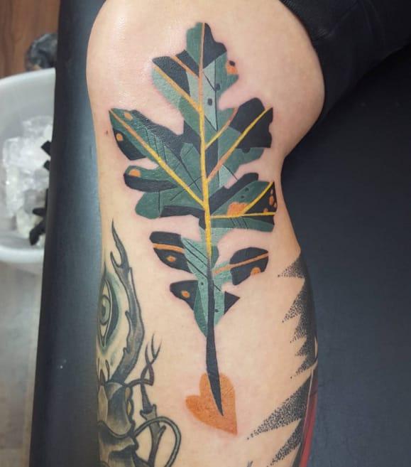Oak tattoo by Mariñe Perez. Photo from Instagram @marineperez.