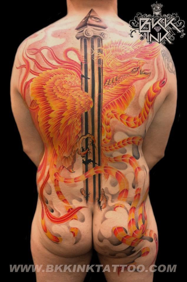 Breath-taking backpiece by Khaosan of famous shop BKK Ink. #khaosan #phoenix