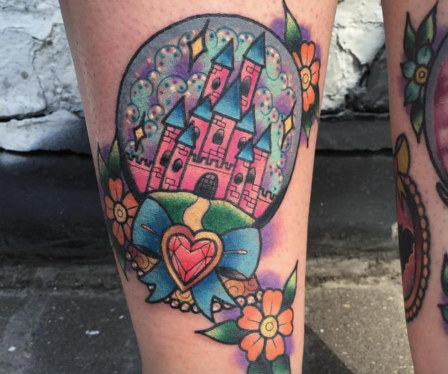 Tattoo by Alex Rowntree, Northern Glory, Newcastle, UK (Instagram @alex_rowntree).