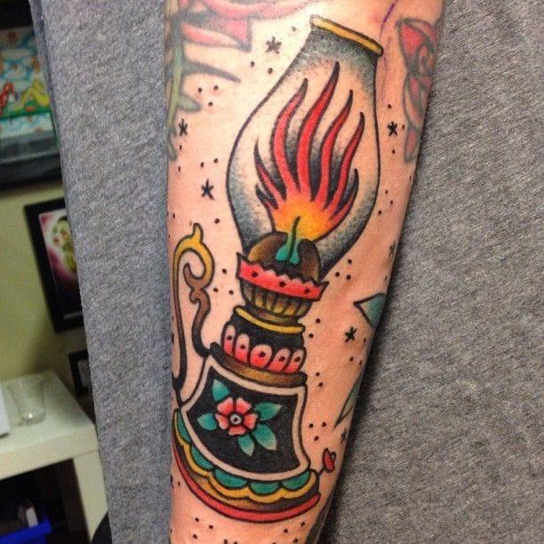 8 Bold And Bright Lantern Tattoos | Tattoodo
