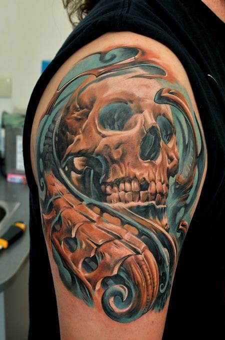 Insane colors and detail on this tattoo by Dmitriy Samohin