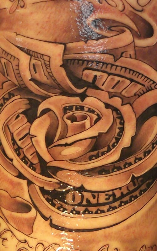 And lastly, the famous rose money tattoo up close.