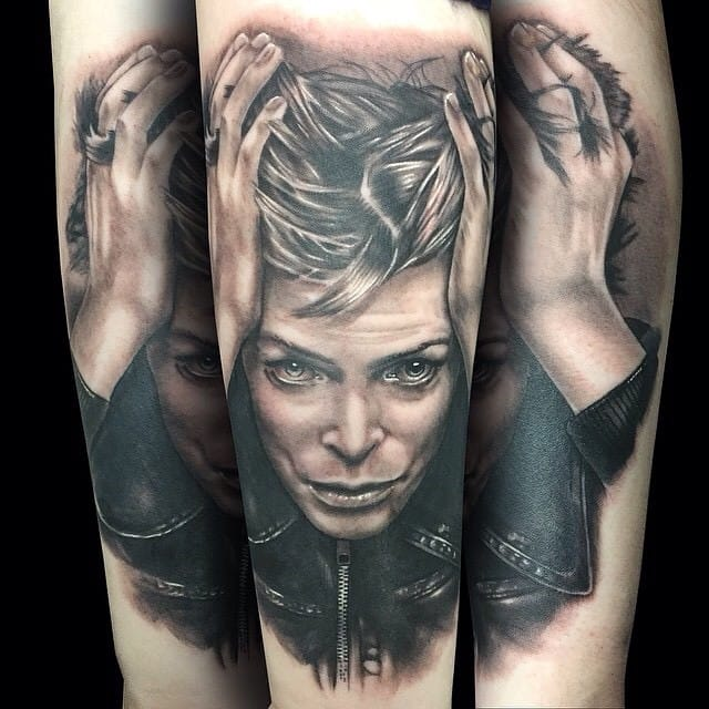 Black and grey portrait by Alex Rattray.
