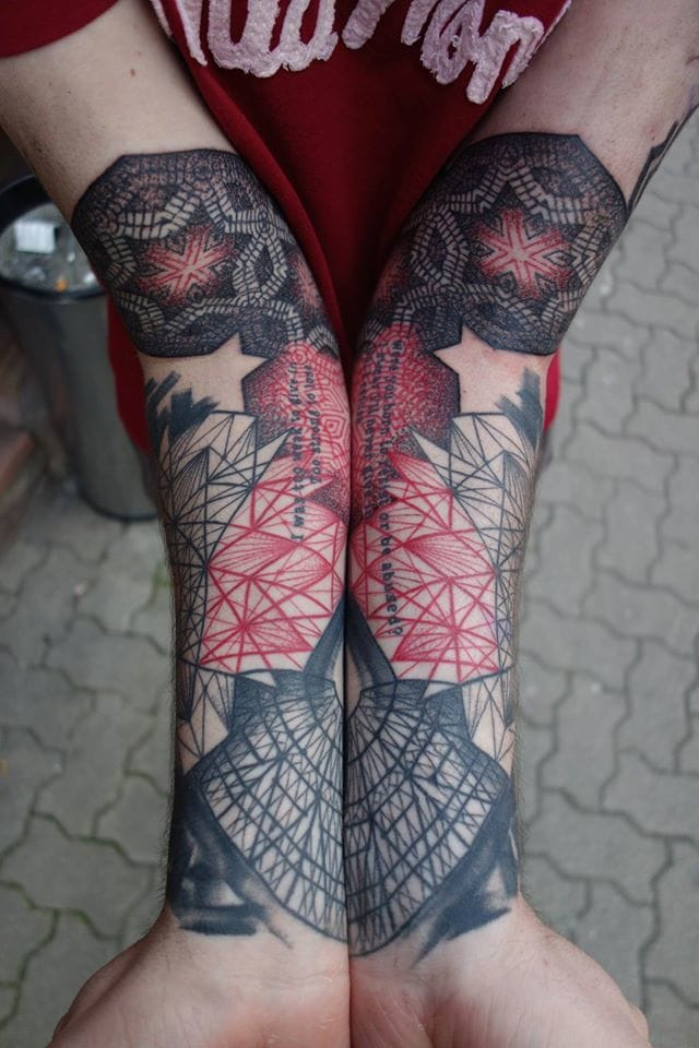 Jubsss also did some cool split tattoos. Tattoo by Jubsss