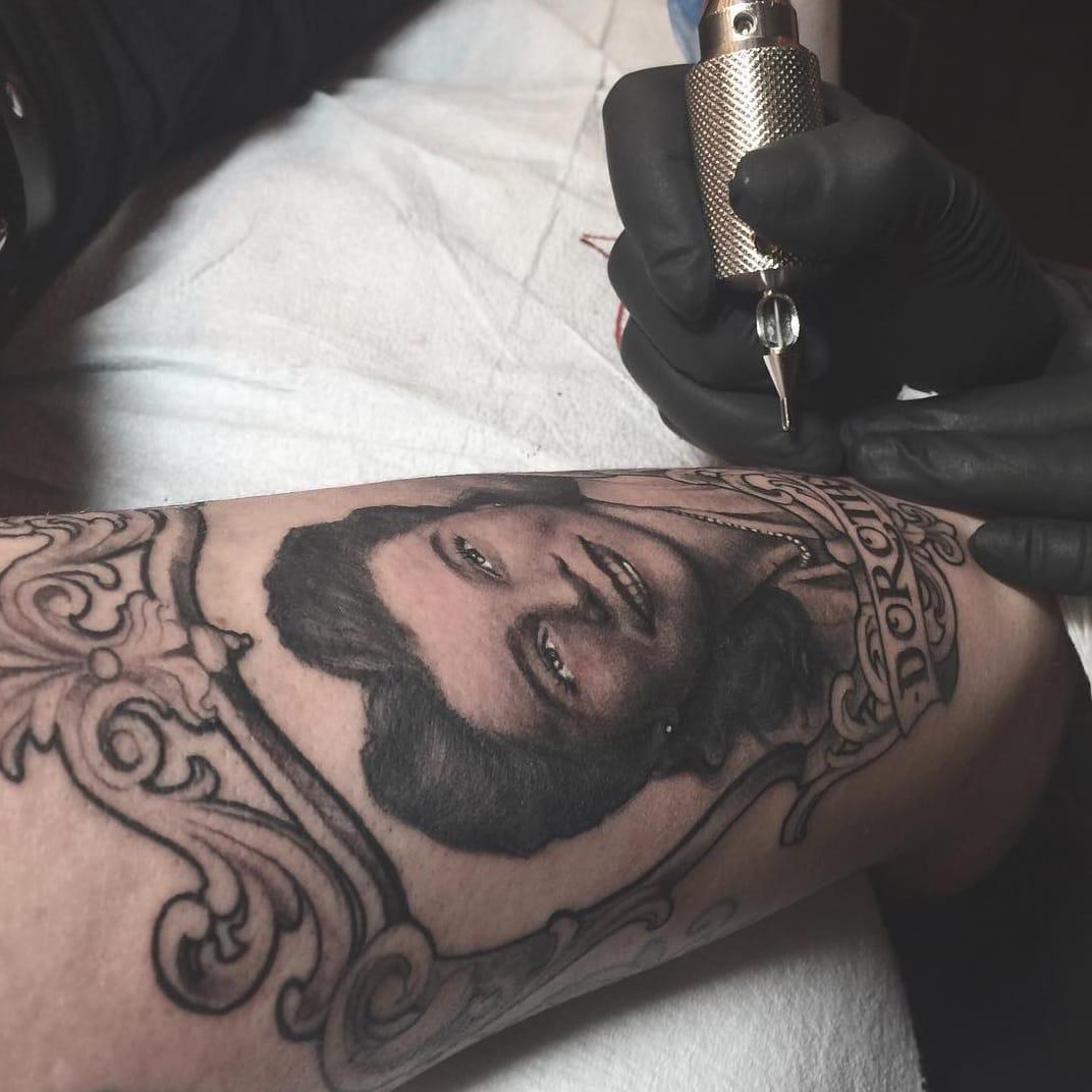 Beautiful portrait tattoo by artist Kat Von D,  Source: Instagram / thekatvond