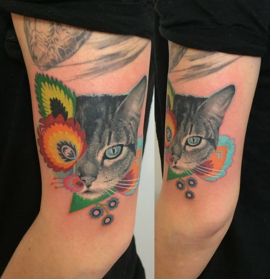 Gorgeous cat design tattoo /Photo from Instagram @dzikson_tattoos