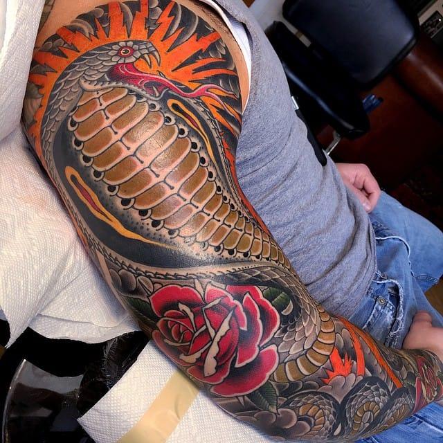 Cobra sleeve