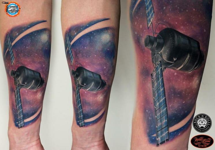 Colour satellite tattoo by James Artink (Instagram @james_artink).
