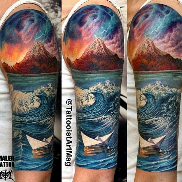 To start this off, here's a mindblowing realistic tattoo done by Maler. Love the fusion of calm & range as you look into the whole piece!