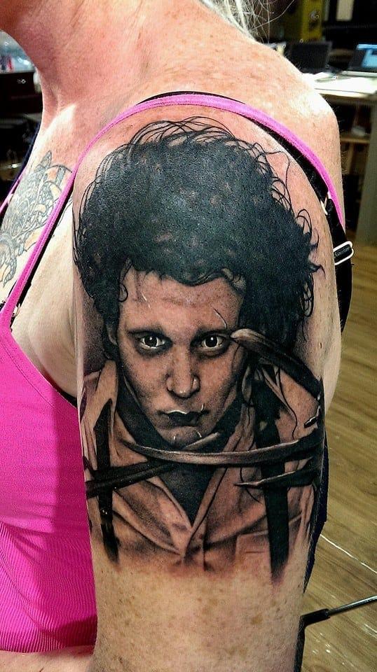 Ken Kile E 16 Tatuagens Preto E Cinza Coloridas Com Vida!